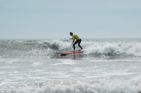 improver surf lesson