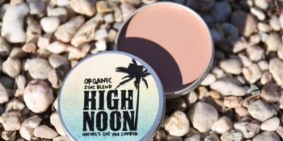 Organic skin toned zinc total sun block